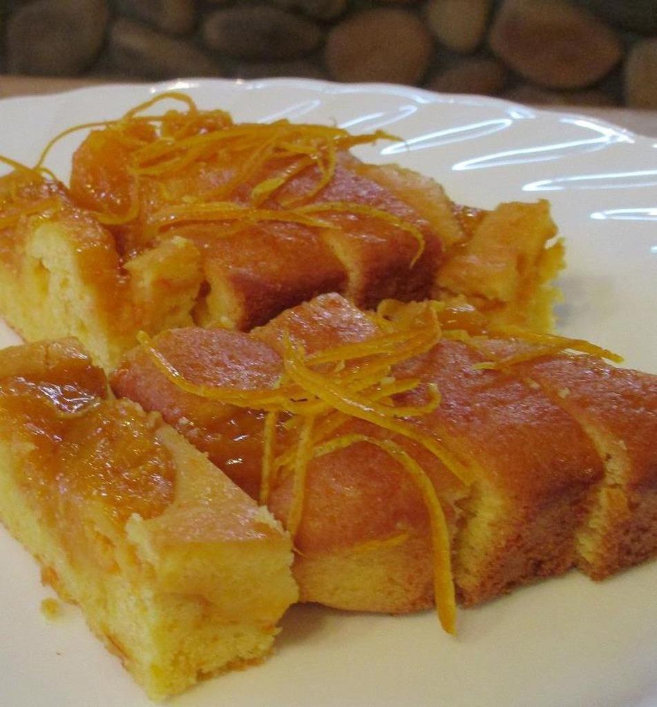 紹介その①☆『みかんケーキ』県産のみかんの美味しさがたっぷりつまった手づくりケーキですよ☆