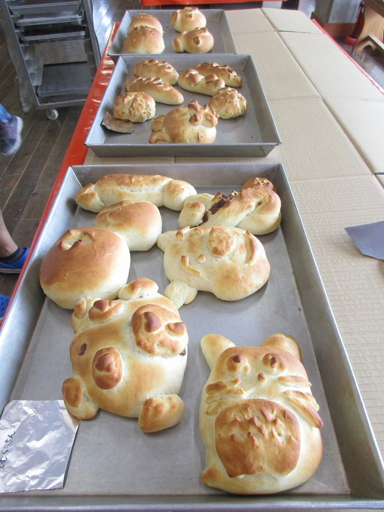 手づくり体験館からは、香ばしいパンの香りが漂います。