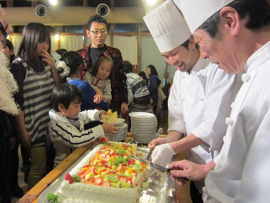 シェフお手製の巨大ケーキ☆