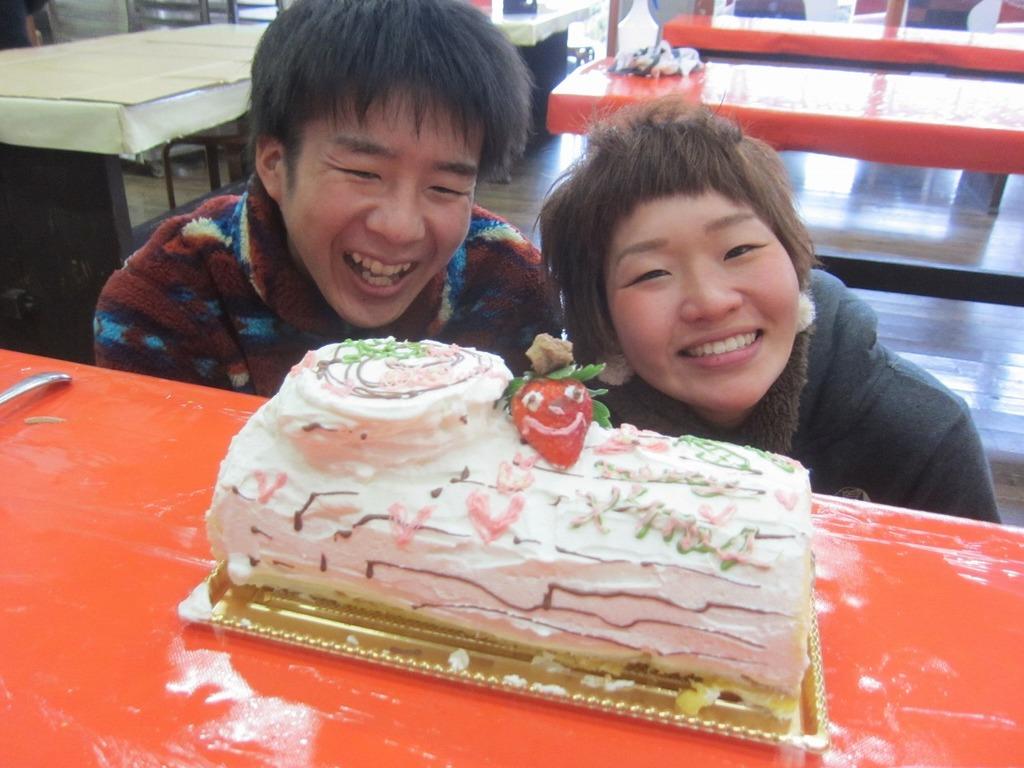 手作りケーキでみんなにこにこ☆